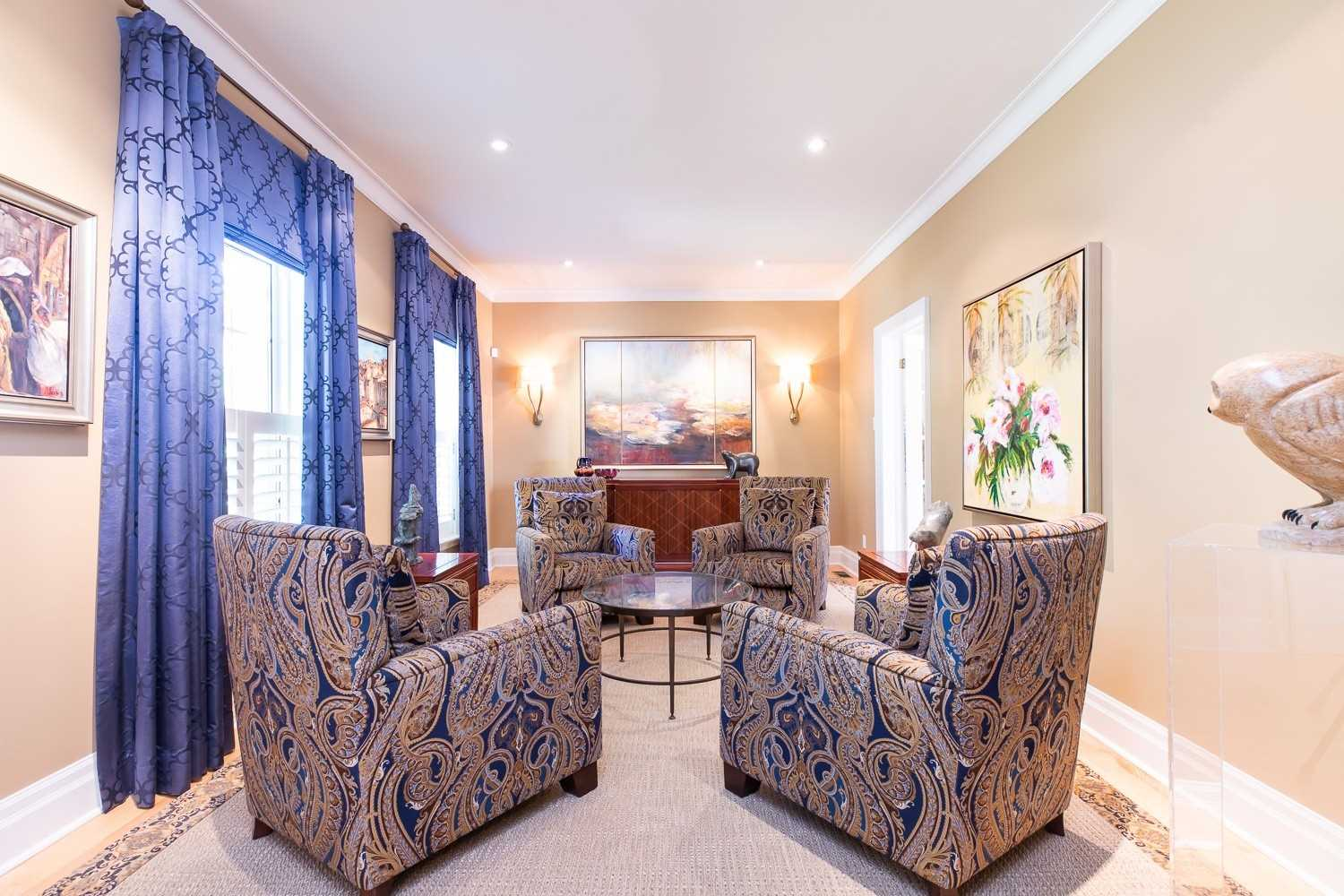 706 Meadow Wood Rd, Mississauga, Ontario L5J2S6, 4 Bedrooms Bedrooms, 11 Rooms Rooms,3 BathroomsBathrooms,Detached,For Sale,Meadow Wood,W5361835