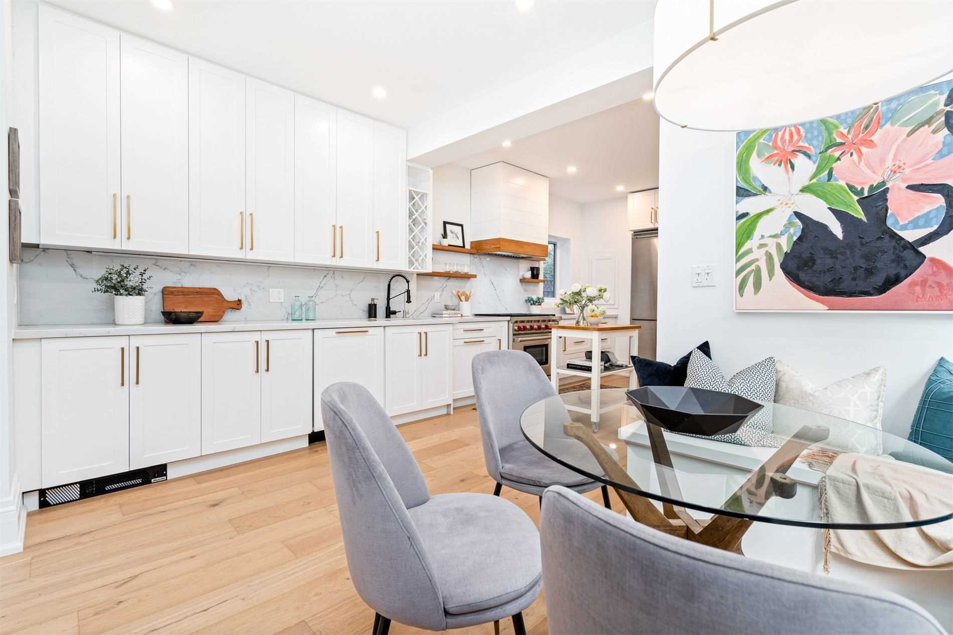 48 Munro Park Ave, Toronto, Ontario M4E3M3, 4 Bedrooms Bedrooms, 8 Rooms Rooms,4 BathroomsBathrooms,Detached,For Sale,Munro Park,E5361611