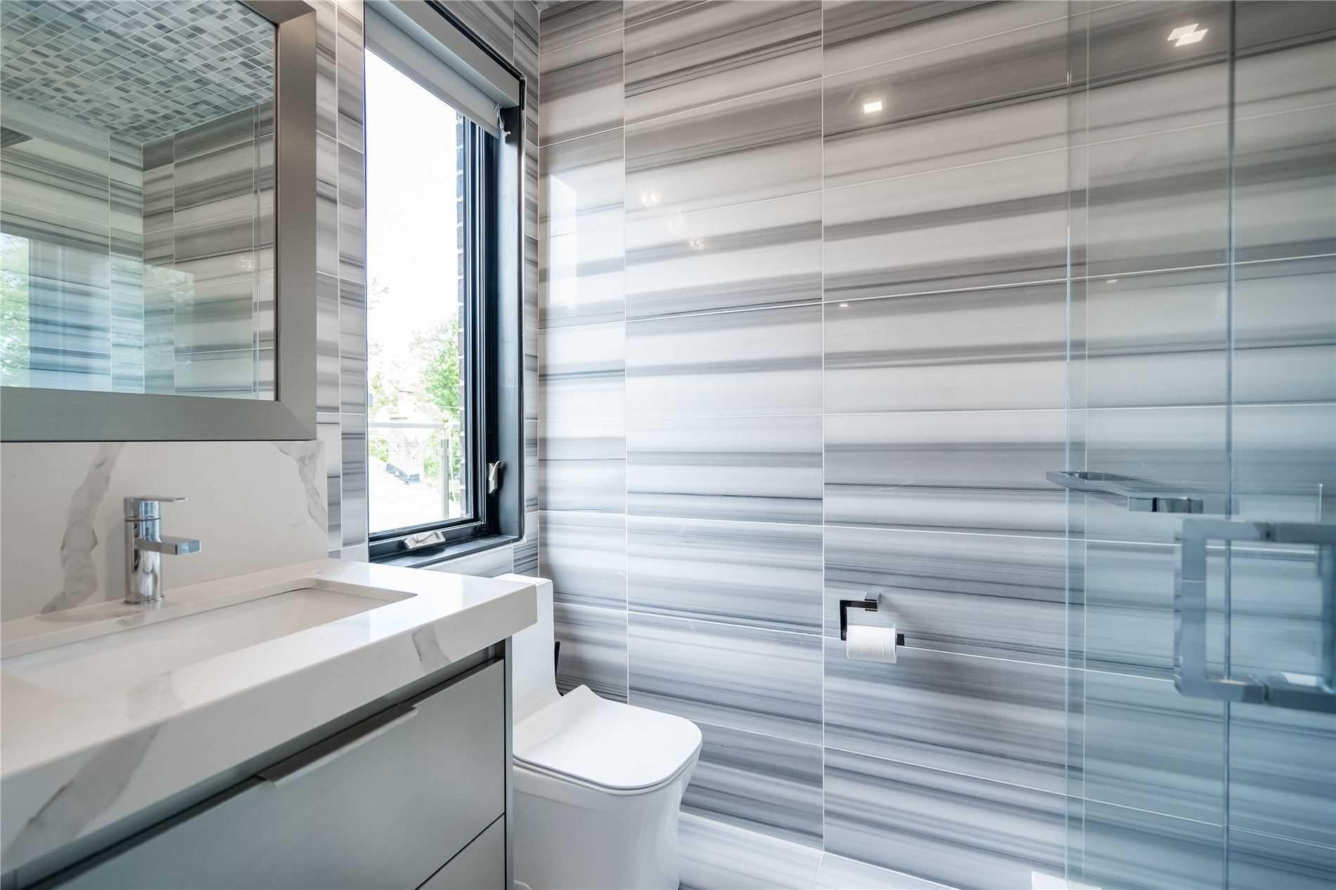 3388 Capricorn Cres, Mississauga, Ontario L4T1S4, 5 Bedrooms Bedrooms, 10 Rooms Rooms,7 BathroomsBathrooms,Detached,For Sale,Capricorn,W5361626