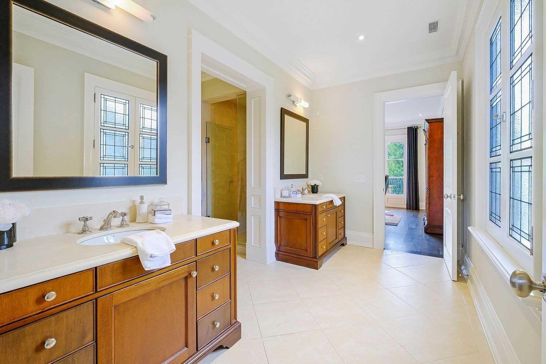 27 Alderbrook Dr, Toronto, Ontario M3B1E3, 5 Bedrooms Bedrooms, 11 Rooms Rooms,8 BathroomsBathrooms,Detached,For Sale,Alderbrook,C5362461