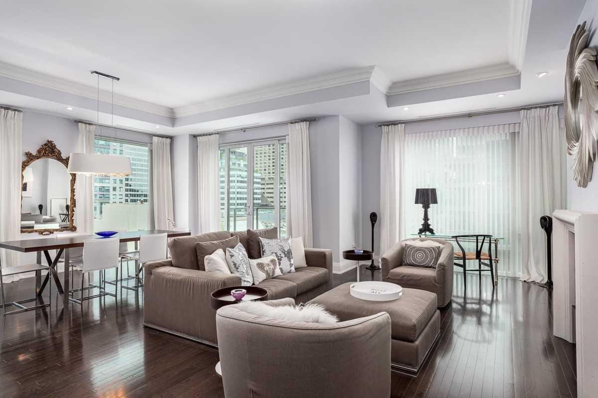 80 Yorkville Ave, Toronto, Ontario M5R1B9, 2 Bedrooms Bedrooms, 6 Rooms Rooms,3 BathroomsBathrooms,Condo Apt,For Sale,Yorkville,C5362949