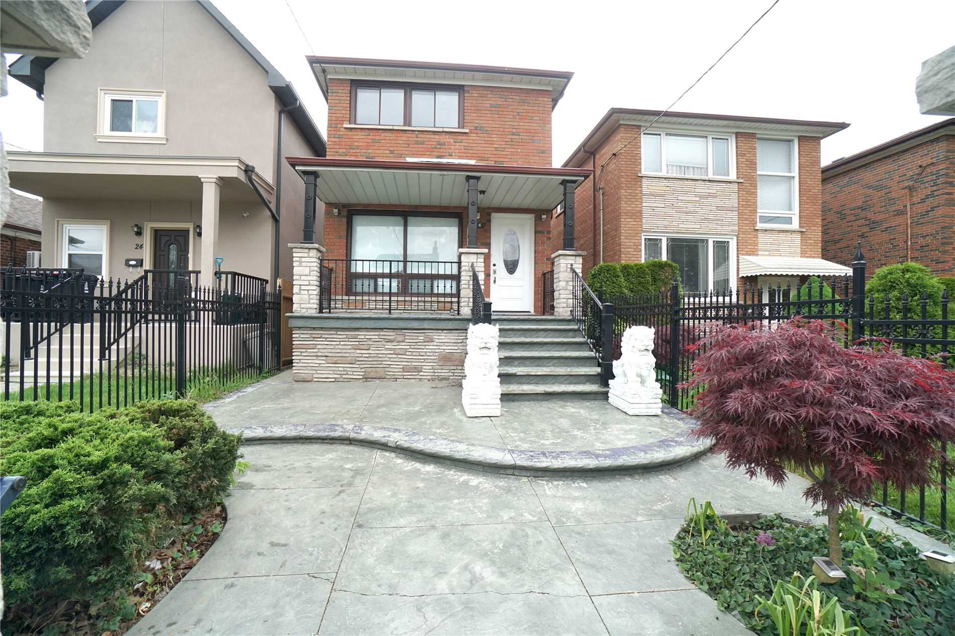 26 Lapp St, Toronto, Ontario M6N3W6, 3 Bedrooms Bedrooms, 6 Rooms Rooms,3 BathroomsBathrooms,Detached,For Sale,Lapp,W5363608