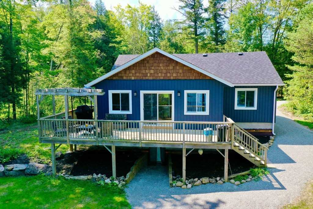 Cottage For Sale In Georgian Bay , 3 Bedrooms Bedrooms, ,1 BathroomBathrooms,Cottage,For Sale,Mohawk
