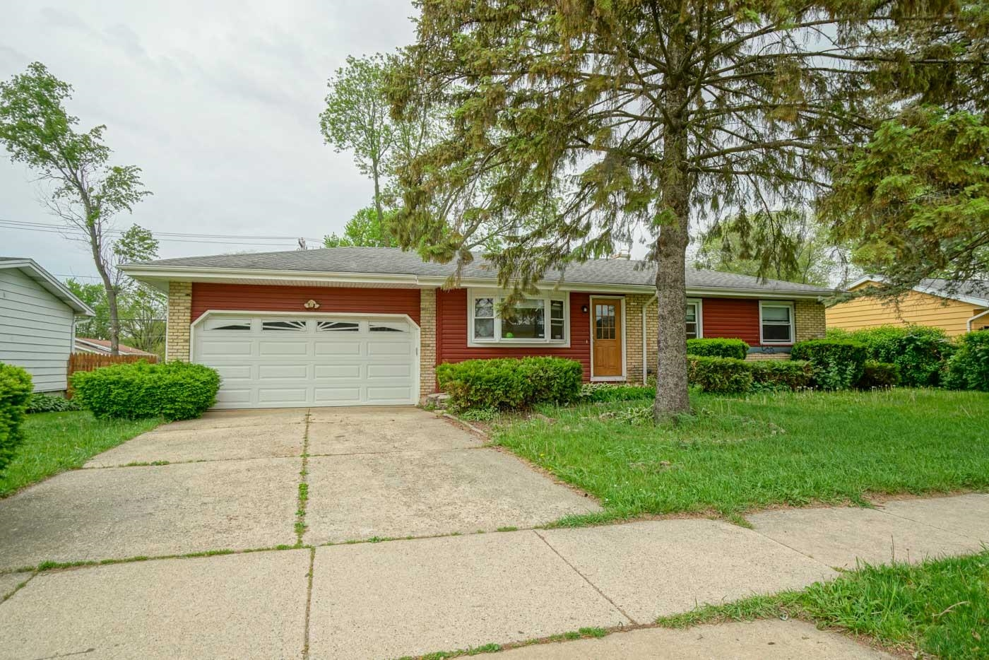 918 Sequoia Trail, Madison, Wisconsin 53713-2521, 3 Bedrooms Bedrooms, ,Rental,For Sale,Sequoia Trail,1919315