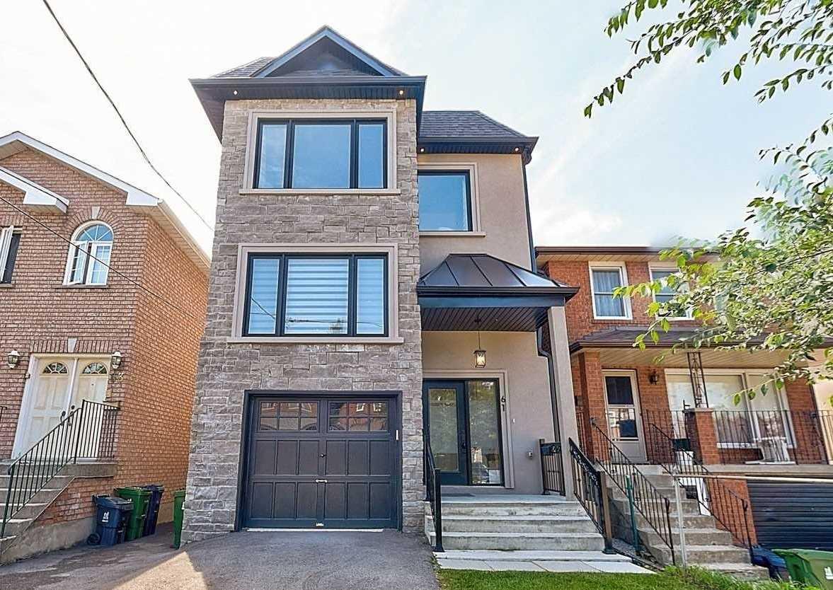 61 Virginia Ave, Toronto, Ontario M4C2S8, 3 Bedrooms Bedrooms, 8 Rooms Rooms,4 BathroomsBathrooms,Detached,For Sale,Virginia,E5364344