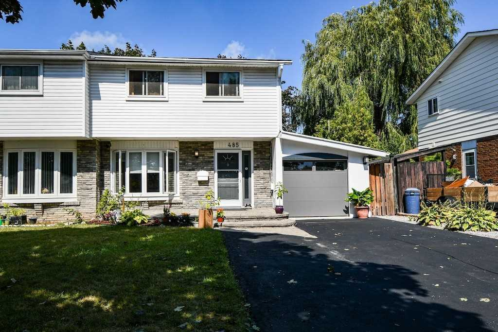 Semi-Detached For Sale In Oshawa , 3 Bedrooms Bedrooms, ,1 BathroomBathrooms,Semi-Detached,For Sale,Grenfell