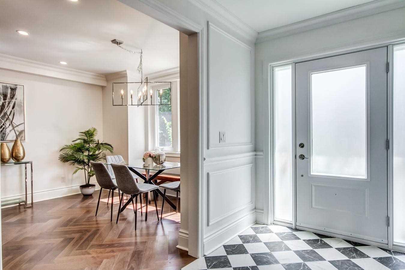 48 Weatherell St, Toronto, Ontario M6S1T1, 4 Bedrooms Bedrooms, 9 Rooms Rooms,4 BathroomsBathrooms,Detached,For Sale,Weatherell,W5364220