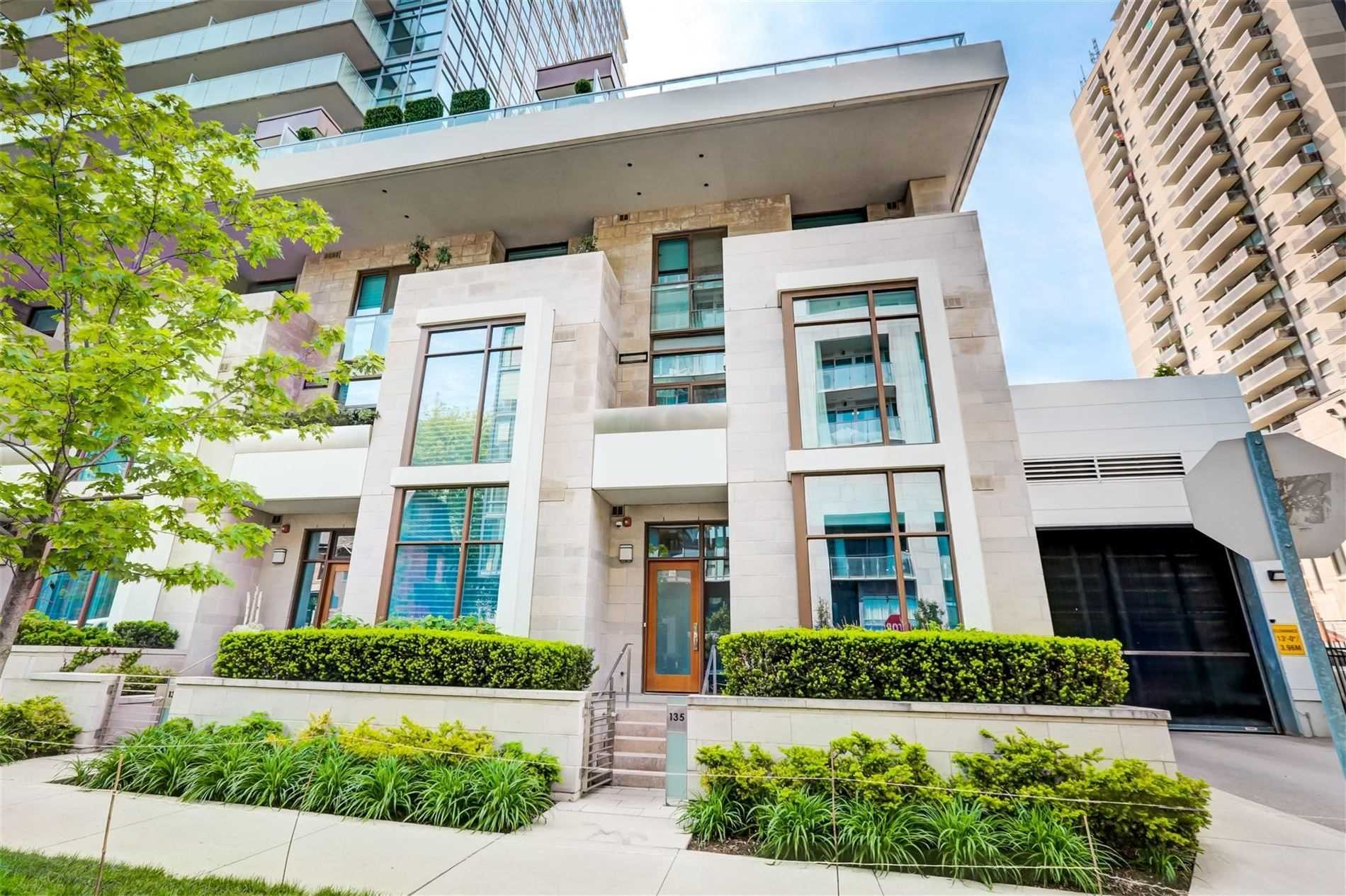 Condo Townhouse For Sale In Toronto , 3 Bedrooms Bedrooms, ,4 BathroomsBathrooms,Condo Townhouse,For Sale,Pears