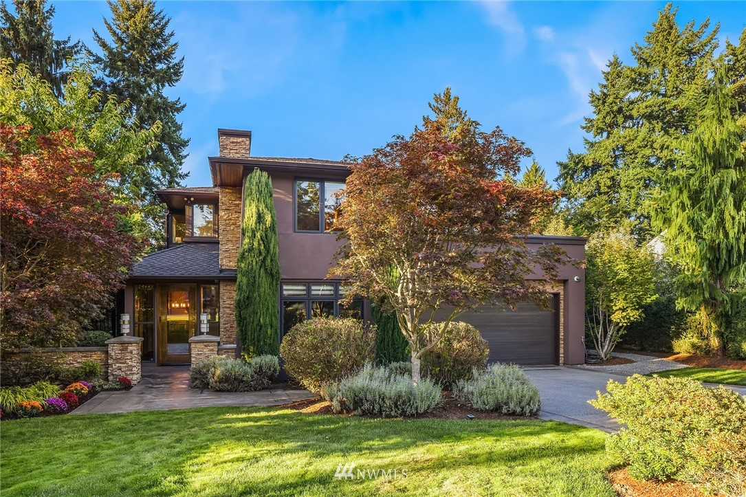 9620 25th Street, Clyde Hill, Washington 98004, 4 Bedrooms Bedrooms, ,3 BathroomsBathrooms,Residential,For Sale,25th,NWM1832995