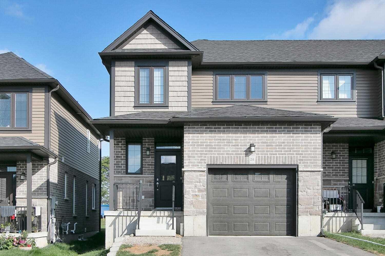 214 Links Cres, Woodstock, Ontario N4T0M1, 3 Bedrooms Bedrooms, ,3 BathroomsBathrooms,Att/row/twnhouse,For Sale,Links,X5365236