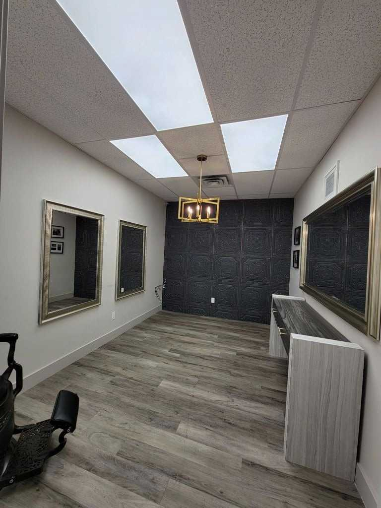 Commercial/retail For Lease In Toronto , ,Commercial/retail,For Lease,Yonge