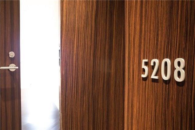 Condo Apt For Lease In Toronto , 2 Bedrooms Bedrooms, ,2 BathroomsBathrooms,Condo Apt,For Lease,5208,University