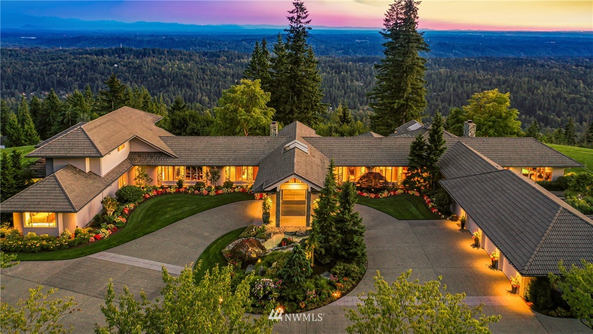 11435 206th Place, Issaquah, Washington 98027, 5 Bedrooms Bedrooms, ,3 BathroomsBathrooms,Residential,For Sale,206th,NWM1835827