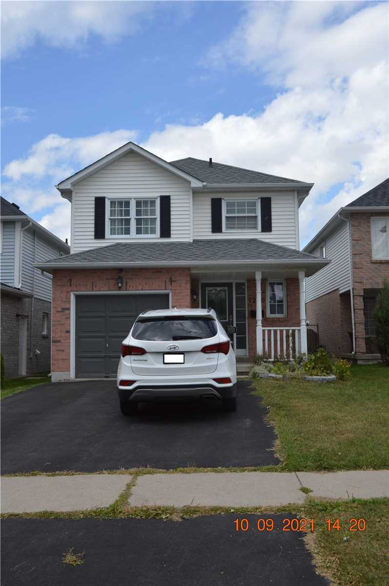Detached house For Lease In Oshawa