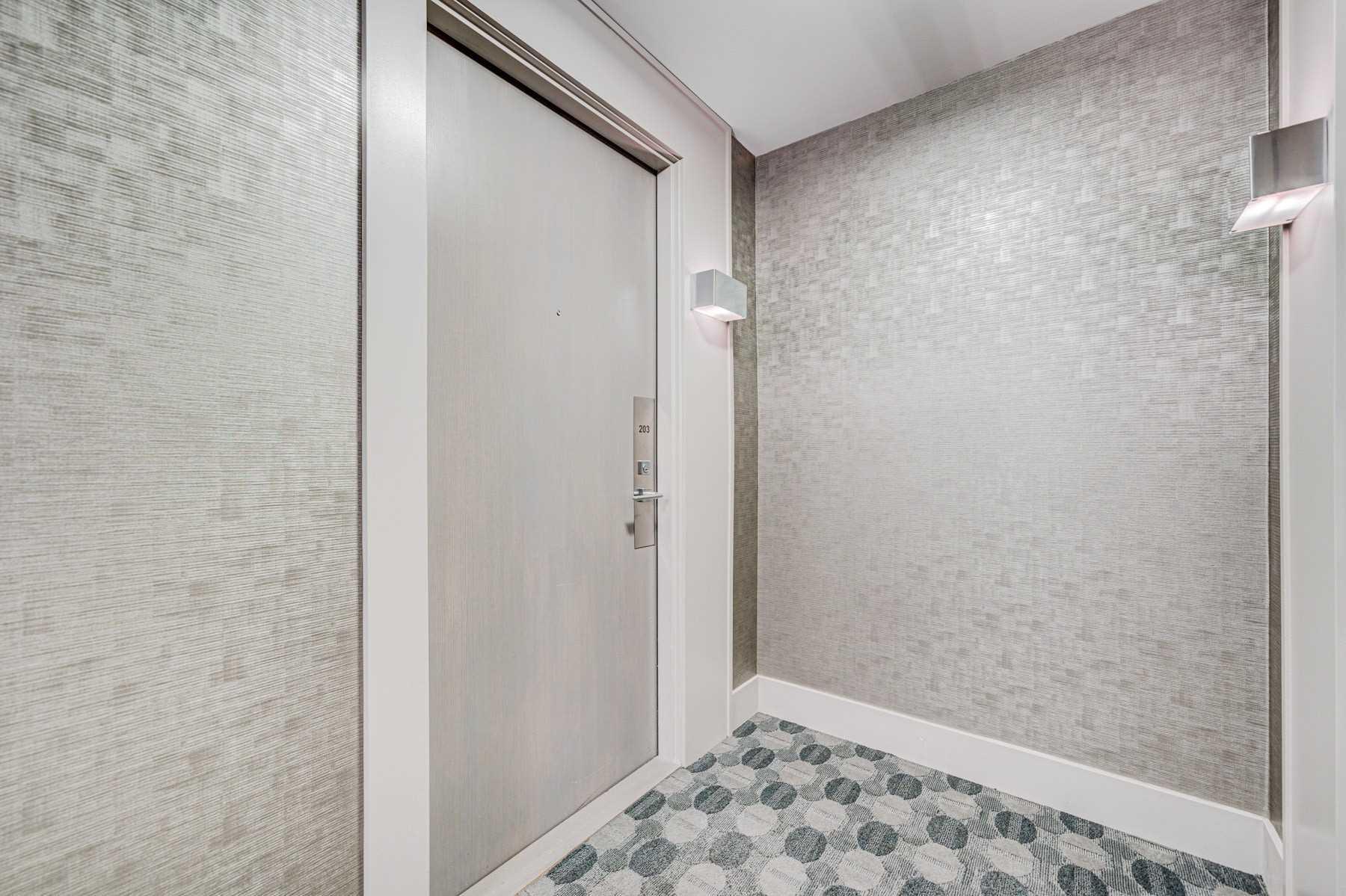Condo Apt For Sale In Markham , 3 Bedrooms Bedrooms, ,2 BathroomsBathrooms,Condo Apt,For Sale,203,Yonge