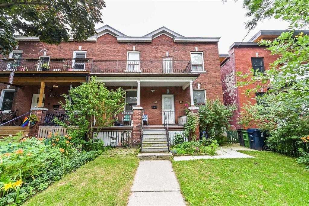 Semi-Detached For Sale In Toronto , 6 Bedrooms Bedrooms, ,3 BathroomsBathrooms,Semi-Detached,For Sale,Columbus