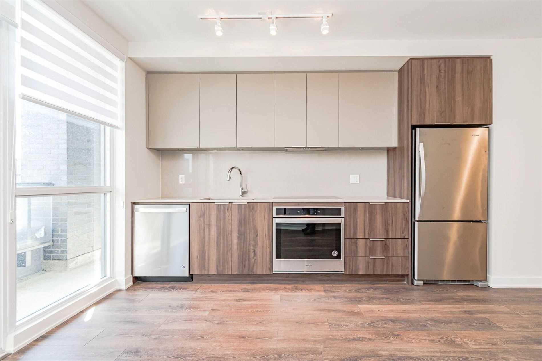 2 Sonic Way, Toronto, Ontario M3C 0P1, 3 Bedrooms Bedrooms, 5 Rooms Rooms,2 BathroomsBathrooms,Condo Apt,For Sale,Sonic,C5367540