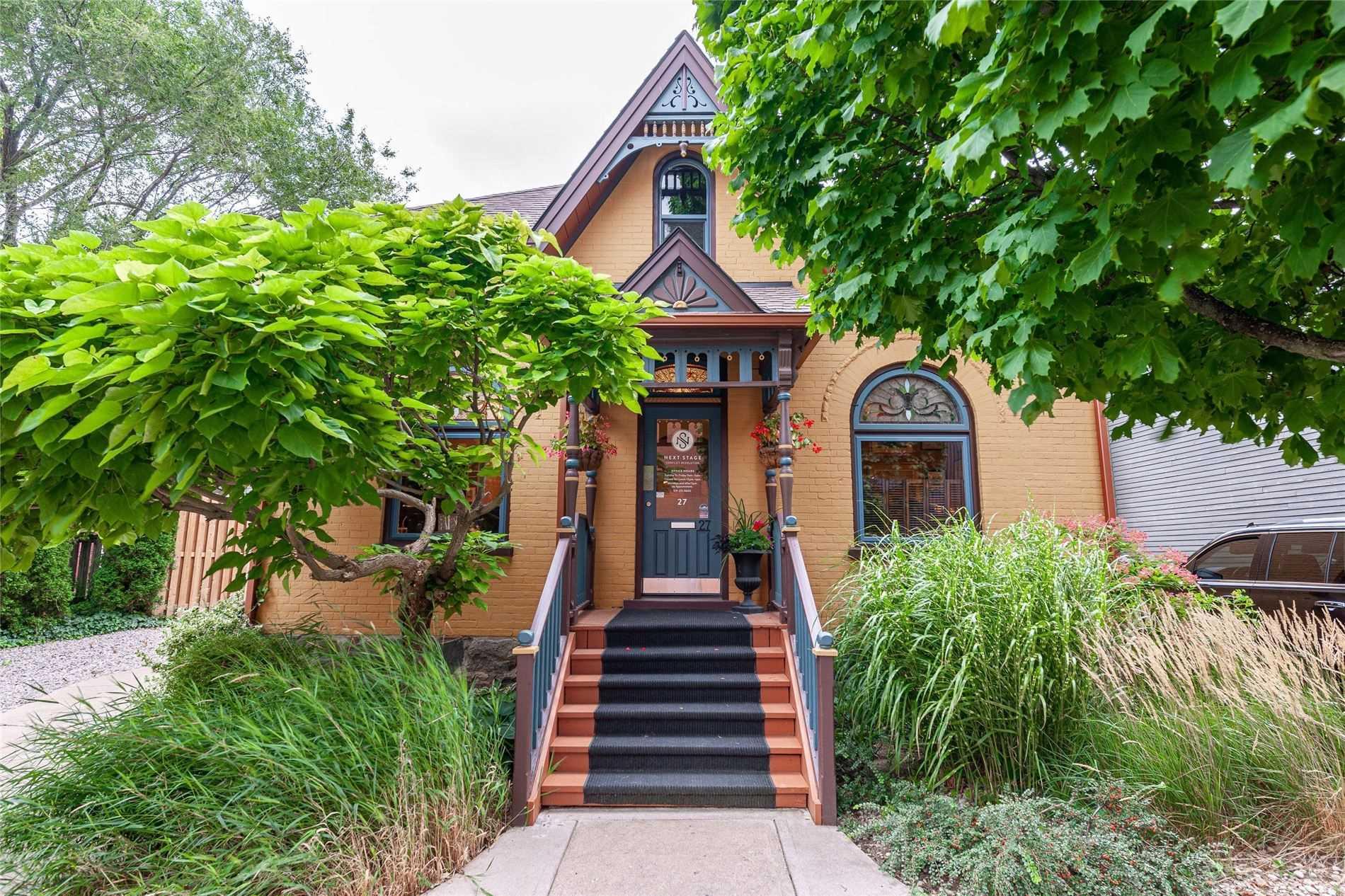 27 George St, Stratford, Ontario N5A 3N8, 1 Bedroom Bedrooms, ,3 BathroomsBathrooms,Detached,For Sale,George,X5368896