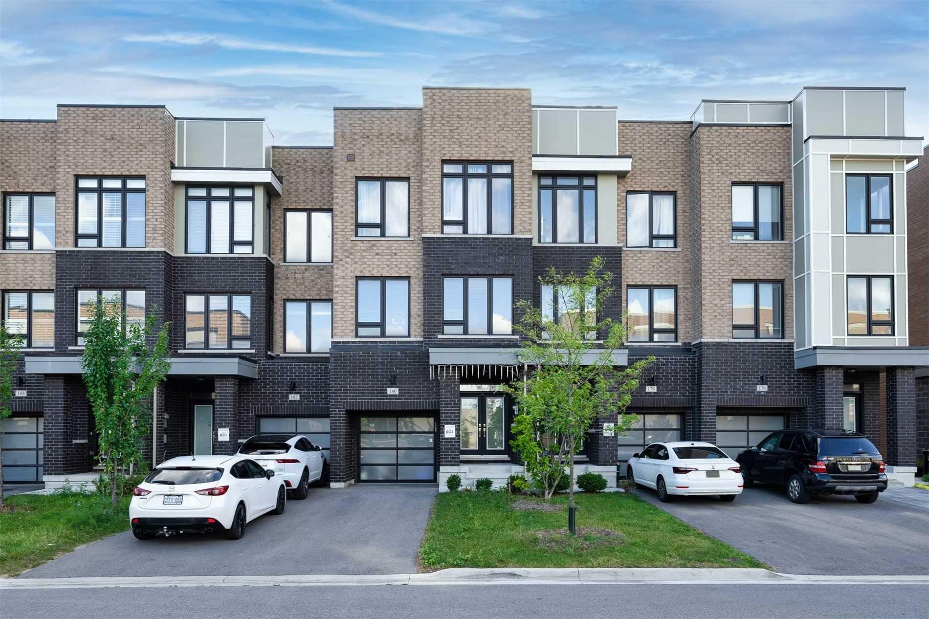 Att/row/twnhouse For Sale In Vaughan , 4 Bedrooms Bedrooms, ,5 BathroomsBathrooms,Att/row/twnhouse,For Sale,Salterton
