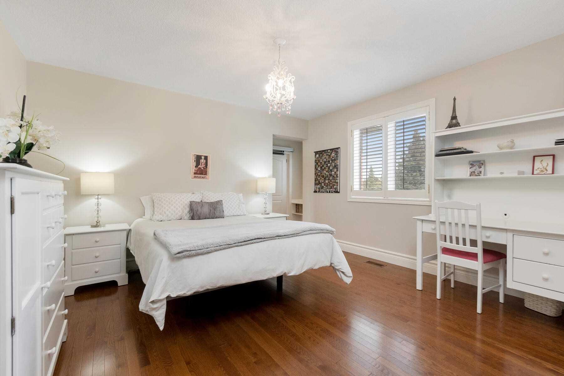 Detached house For Sale In Halton Hills - 4 Forest Ridge Cres, Halton Hills, Ontario, Canada L0P 1H0 , 4 Bedrooms Bedrooms, ,5 BathroomsBathrooms,Detached,For Sale,Forest Ridge