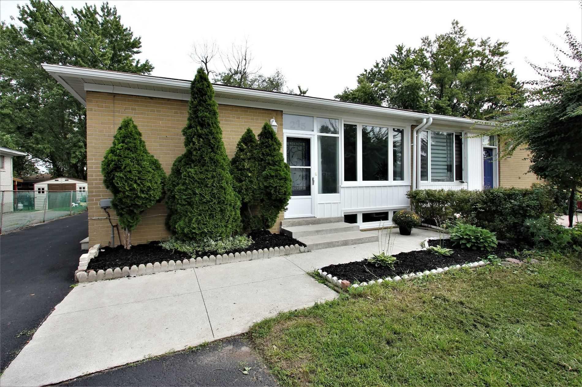 Semi-Detached For Sale In Richmond Hill , 4 Bedrooms Bedrooms, ,2 BathroomsBathrooms,Semi-Detached,For Sale,Anzac