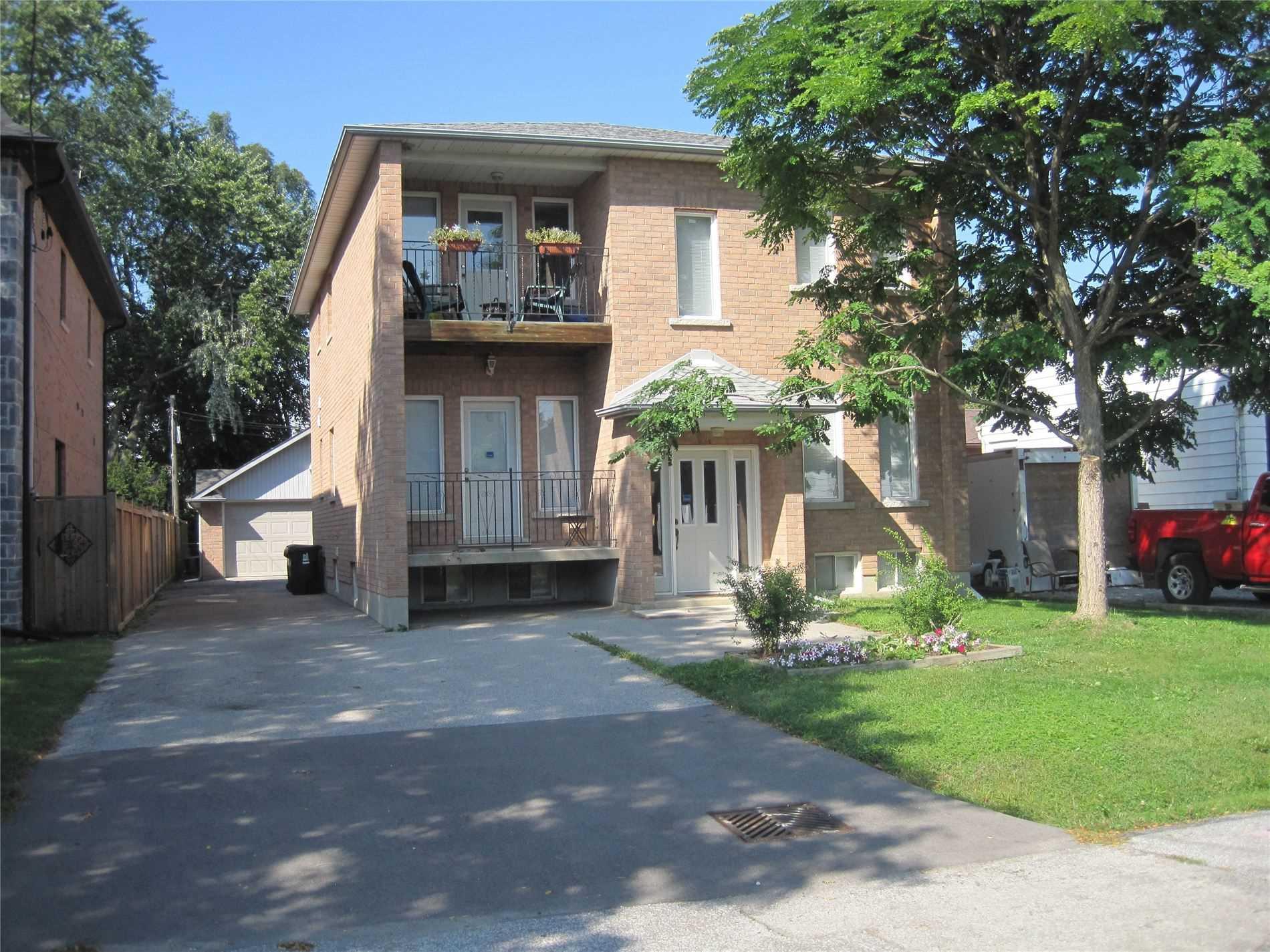 Duplex For Lease In Toronto , 2 Bedrooms Bedrooms, ,2 BathroomsBathrooms,Duplex,For Lease,1,Jellicoe