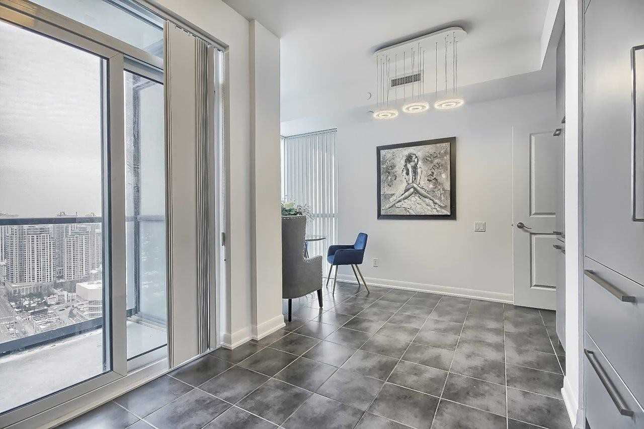 Condo Apt For Sale In Toronto , 2 Bedrooms Bedrooms, ,3 BathroomsBathrooms,Condo Apt,For Sale,Lph306,Yonge