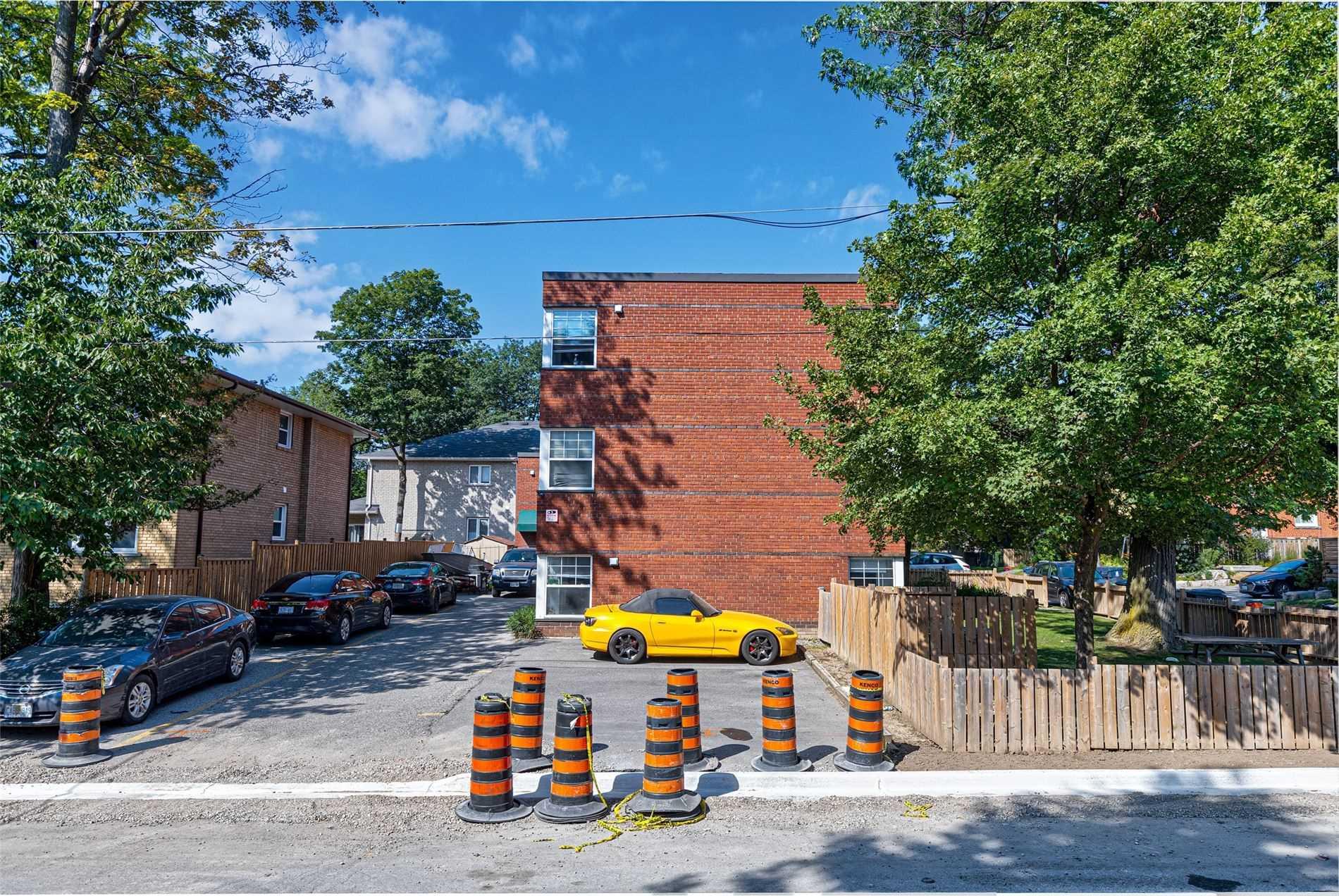 37-37A Dominion Rd, Toronto, Ontario M8W 1J6, ,Multiplex,For Sale,Dominion,W5372184