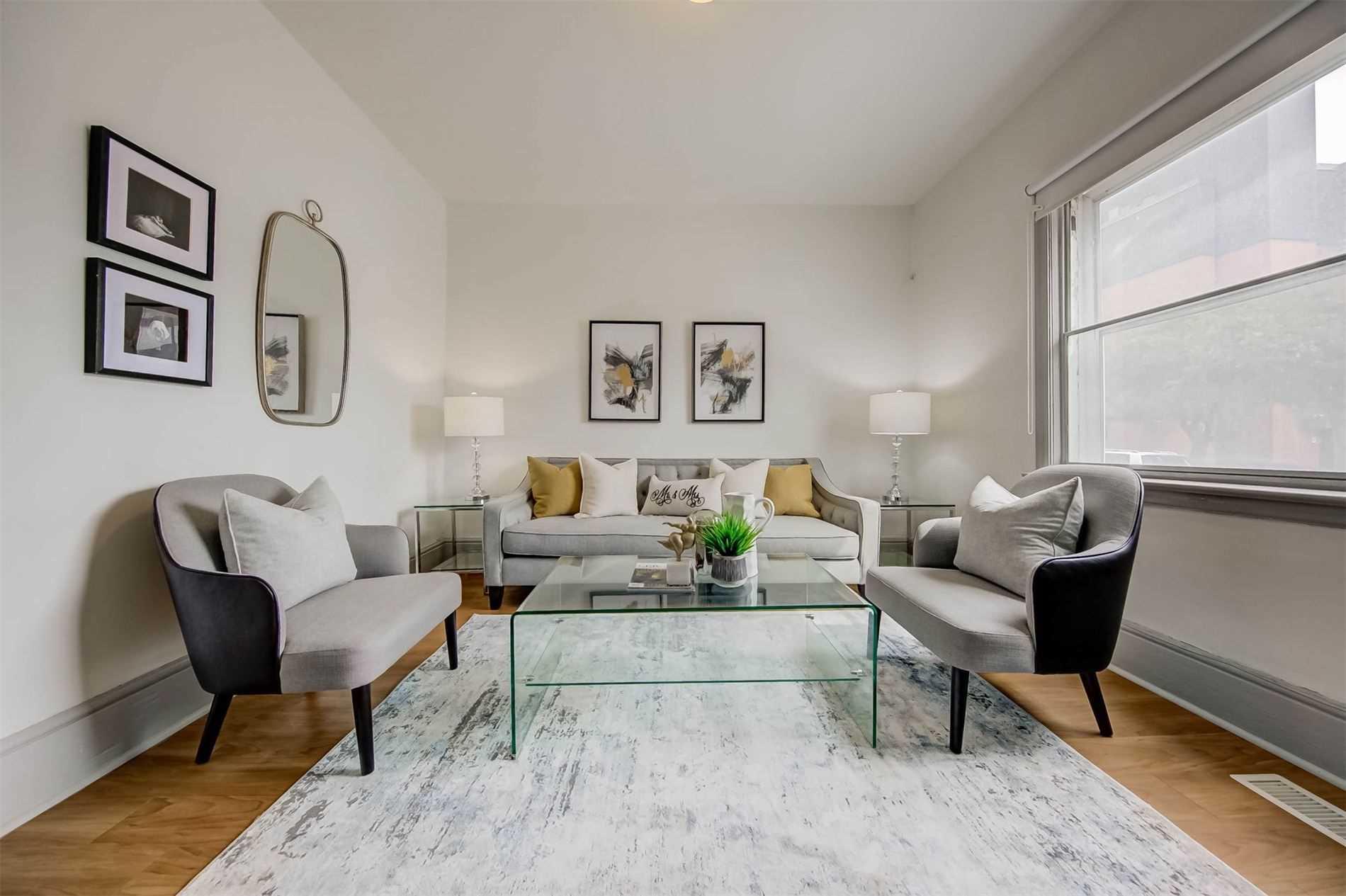 Semi-Detached For Sale In Toronto , 5 Bedrooms Bedrooms, ,2 BathroomsBathrooms,Semi-Detached,For Sale,Ryerson