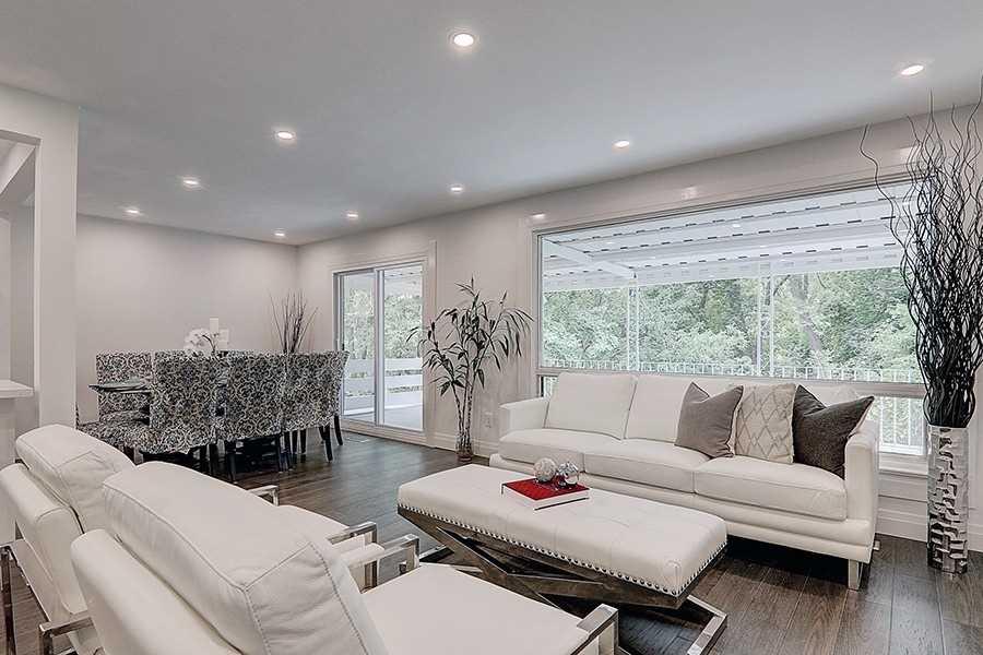 106 Applefield Dr, Toronto, Ontario M1P3Y2, 3 Bedrooms Bedrooms, 9 Rooms Rooms,3 BathroomsBathrooms,Detached,For Sale,Applefield,E5372323