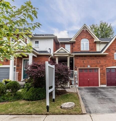 Att/row/twnhouse For Sale In Whitby , 2 Bedrooms Bedrooms, ,2 BathroomsBathrooms,Att/row/twnhouse,For Sale,Playfair