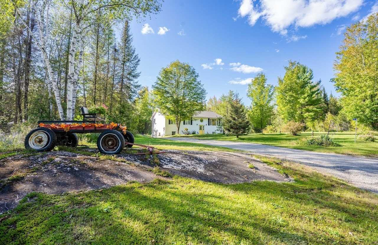 Detached house For Sale In Madoc - 633 Island Rd, Madoc, Ontario, Canada K0K2K0 , 3 Bedrooms Bedrooms, ,2 BathroomsBathrooms,Detached,For Sale,Island