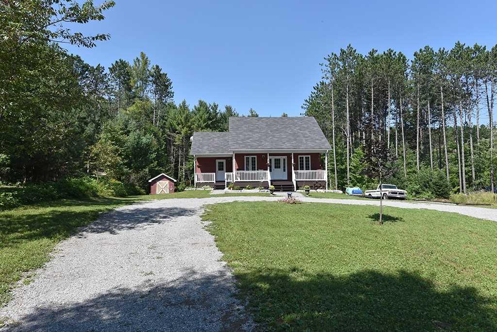 Detached house For Sale In Minden Hills - 1031 Howland Junction Rd, Minden Hills, Ontario, Canada K0M 2A1 , 2 Bedrooms Bedrooms, ,1 BathroomBathrooms,Detached,For Sale,Howland Junction