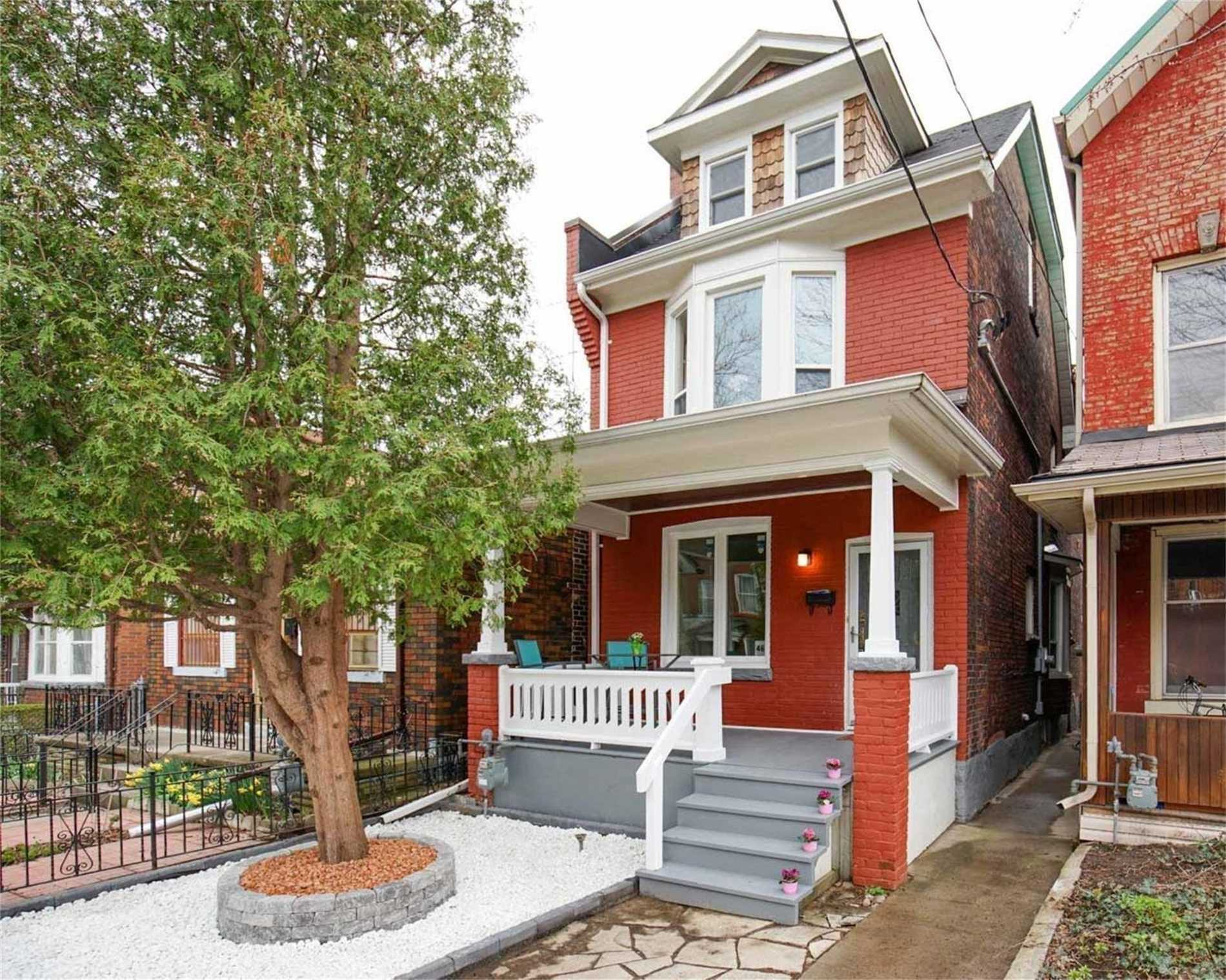 Detached house For Lease In Toronto - 46 Euclid Ave, Toronto, Ontario, Canada M6J2J6 , 4 Bedrooms Bedrooms, ,1 BathroomBathrooms,Detached,For Lease,B,Euclid