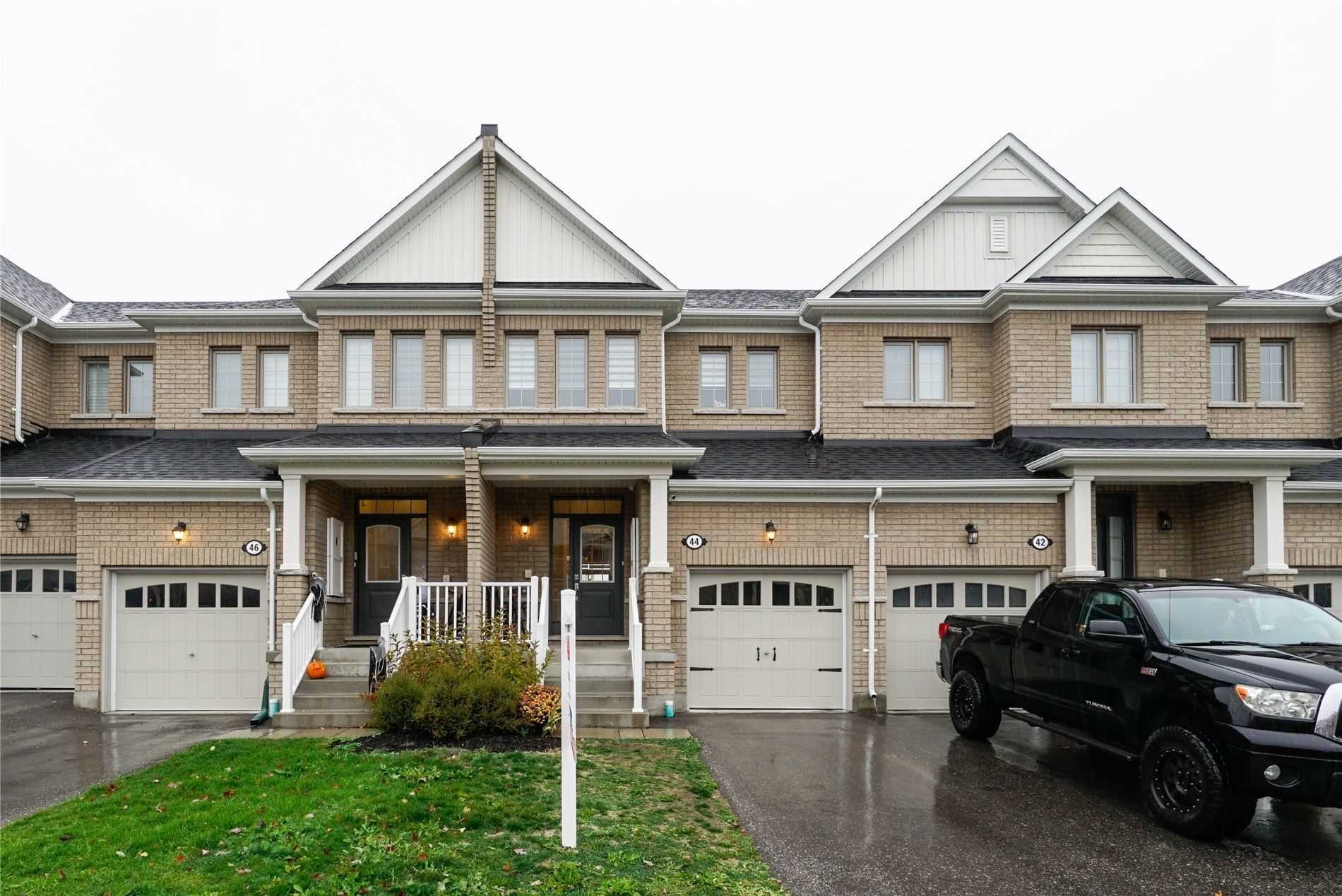 Att/row/twnhouse For Lease In New Tecumseth , 3 Bedrooms Bedrooms, ,3 BathroomsBathrooms,Att/row/twnhouse,For Lease,Sharpe