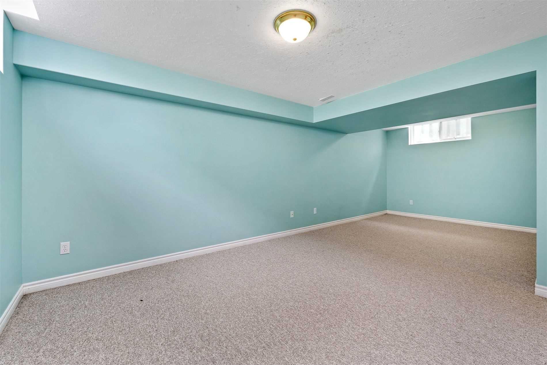 Detached house For Sale In Kawartha Lakes - 25 Durham St, Kawartha Lakes, Ontario, Canada K9V2P3 , 3 Bedrooms Bedrooms, ,2 BathroomsBathrooms,Detached,For Sale,Durham