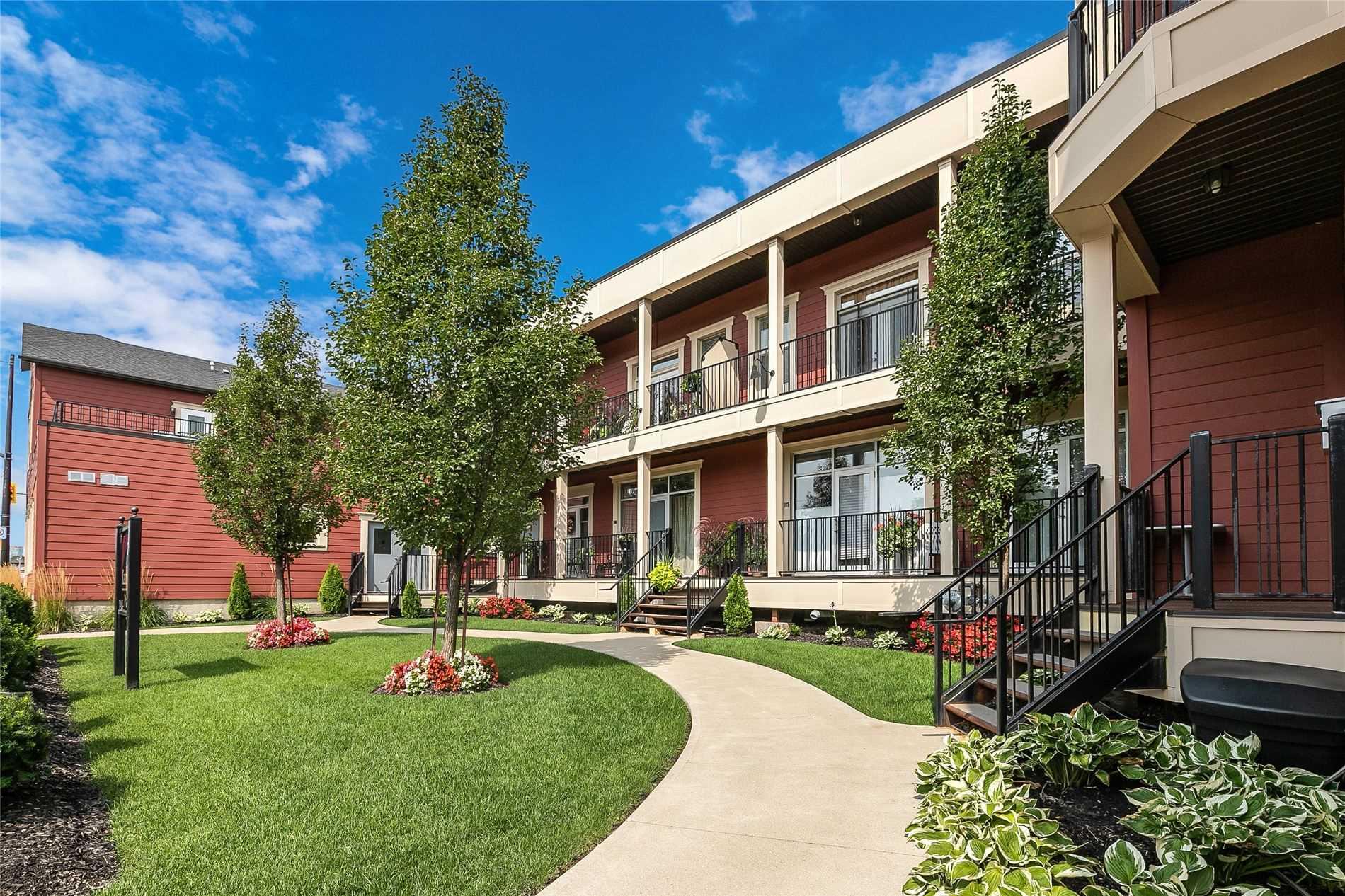 3710 Main St, Niagara Falls, Ontario L2G 6B1, 2 Bedrooms Bedrooms, ,2 BathroomsBathrooms,Condo Apt,For Sale,Main,X5373723