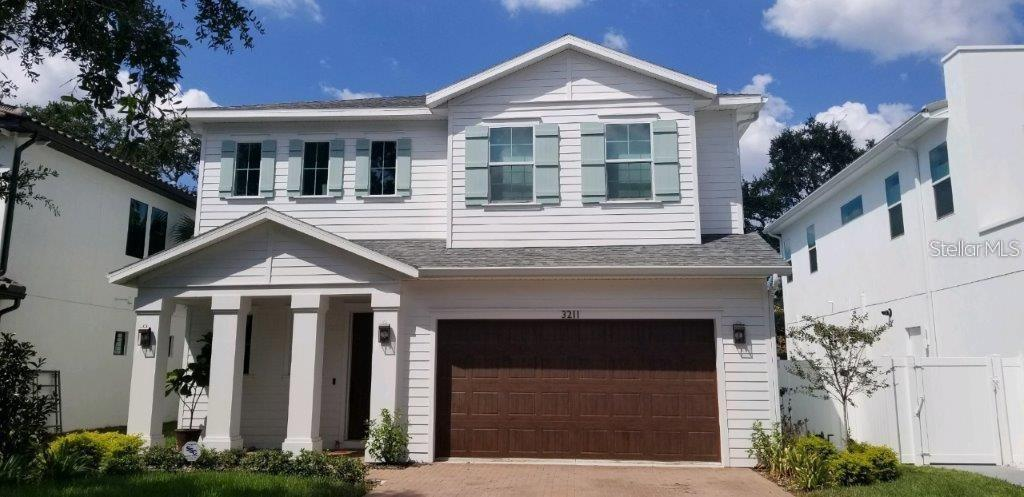 811 CORAL STREET, TAMPA, Florida 33602, 4 Bedrooms Bedrooms, ,3 BathroomsBathrooms,Residential,For Sale,CORAL,MFRT3330098