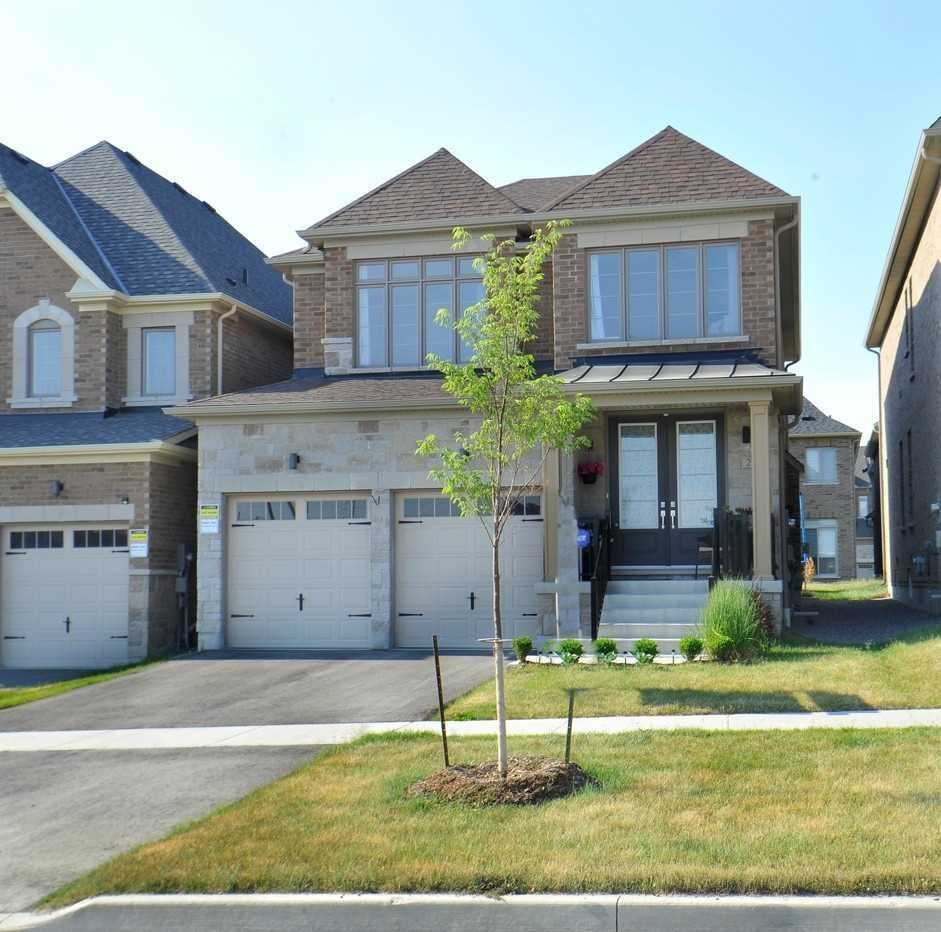 Detached house For Lease In Whitby - 28 Christine Elliott Ave, Whitby, Ontario, Canada L1P 0B8 , 4 Bedrooms Bedrooms, ,3 BathroomsBathrooms,Detached,For Lease,Christine Elliott