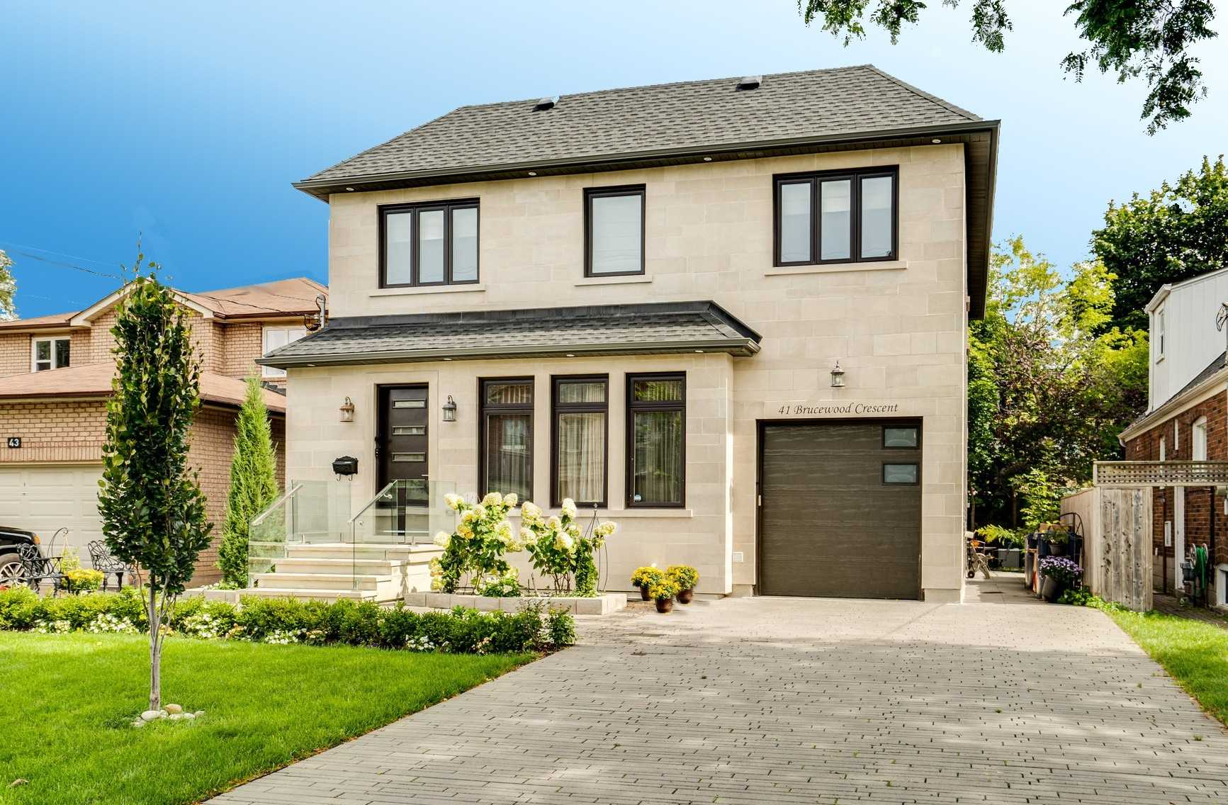 41 Brucewood Cres, Toronto, Ontario M6A2G7, 4 Bedrooms Bedrooms, ,6 BathroomsBathrooms,Detached,For Sale,Brucewood,C5374264
