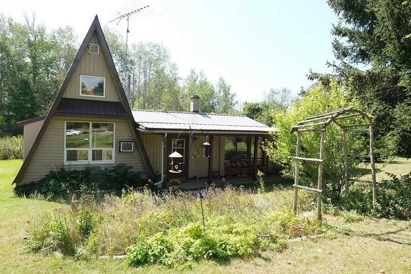 Detached house For Sale In Cramahe - 14197 County Road 2, Cramahe, Ontario, Canada K0K 1H0 , 2 Bedrooms Bedrooms, ,1 BathroomBathrooms,Detached,For Sale,County Road 2