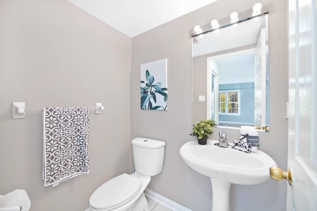 Semi-Detached For Sale In Toronto , 3 Bedrooms Bedrooms, ,4 BathroomsBathrooms,Semi-Detached,For Sale,Pitchpine