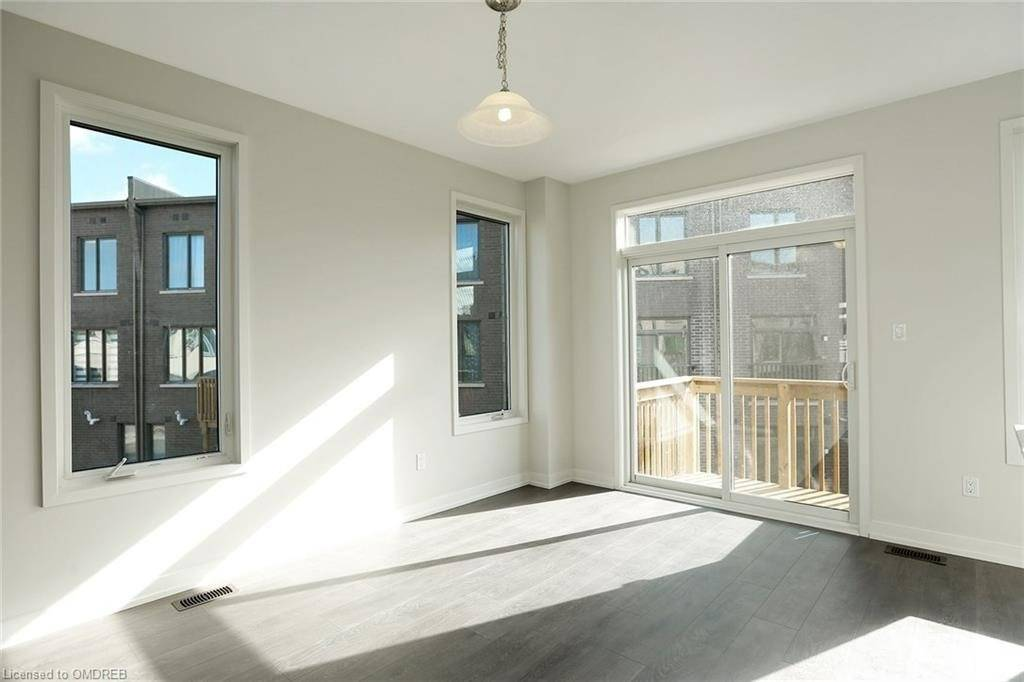 Att/row/twnhouse For Lease In Oakville , 3 Bedrooms Bedrooms, ,4 BathroomsBathrooms,Att/row/twnhouse,For Lease,Fowley
