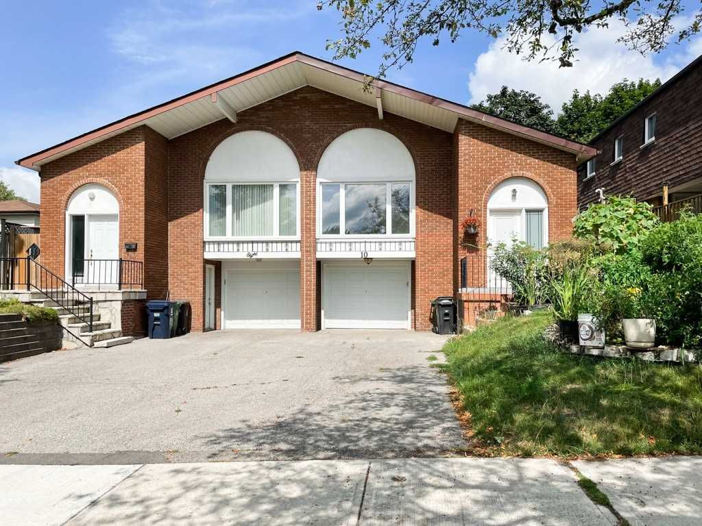 Semi-Detached For Lease In Toronto , 3 Bedrooms Bedrooms, ,1 BathroomBathrooms,Semi-Detached,For Lease,Upper,Clancy