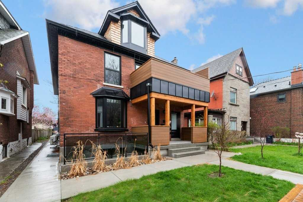 186 Evelyn Ave, Toronto, Ontario M6P 2Z7, 4 Bedrooms Bedrooms, 15 Rooms Rooms,6 BathroomsBathrooms,Fourplex,For Sale,Evelyn,W5375846
