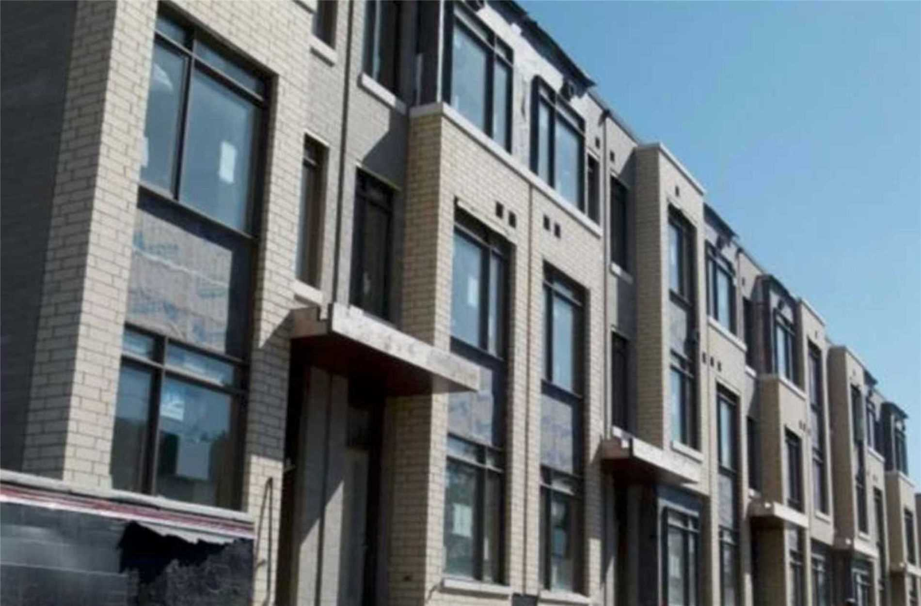 Condo Townhouse For Lease In Toronto , 3 Bedrooms Bedrooms, ,3 BathroomsBathrooms,Condo Townhouse,For Lease,St. Bartholomew