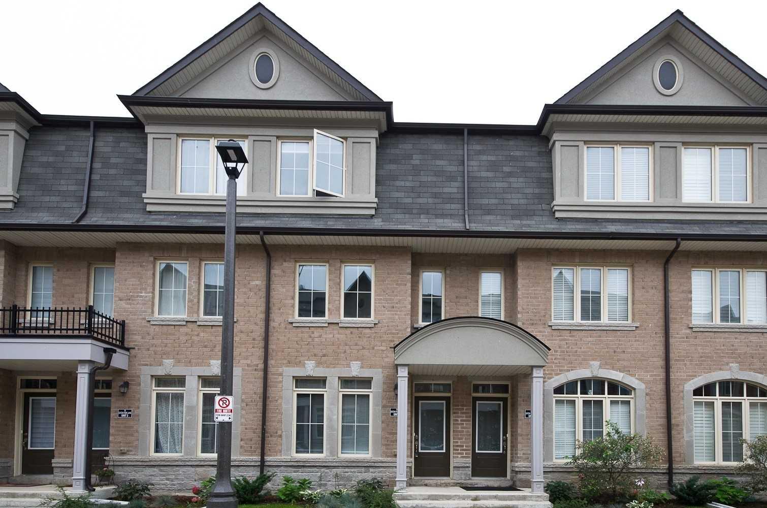 Att/row/twnhouse For Sale In Toronto , 4 Bedrooms Bedrooms, ,4 BathroomsBathrooms,Att/row/twnhouse,For Sale,3,Eaton Park
