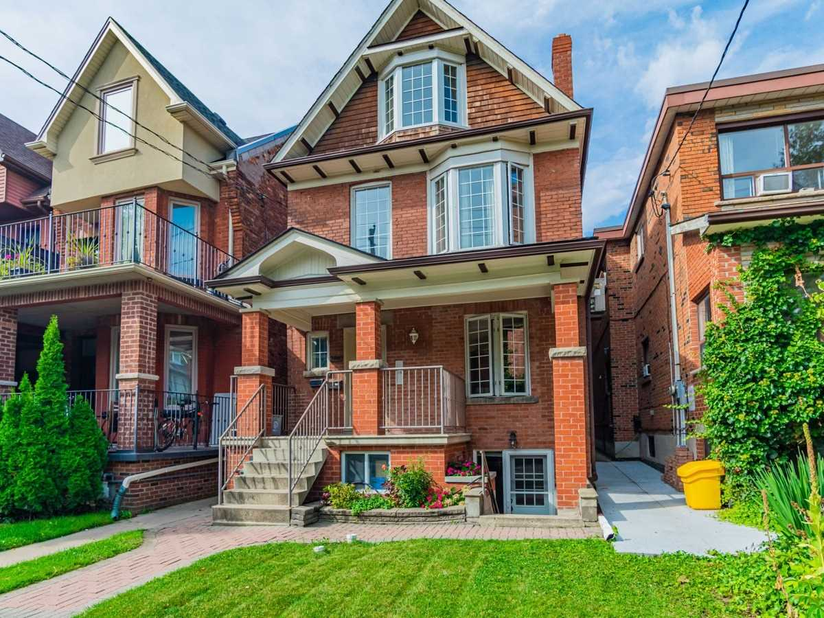Detached house For Lease In Toronto - 678 Shaw St, Toronto, Ontario, Canada M6G3L7 , 1 Bedroom Bedrooms, ,1 BathroomBathrooms,Detached,For Lease,3rd,Shaw