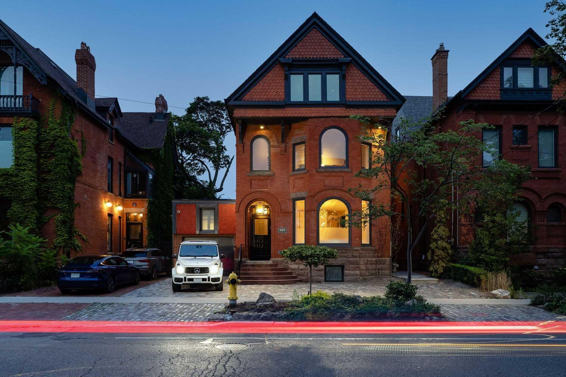 125 Bedford Rd, Toronto, Ontario M5R2K6, 4 Bedrooms Bedrooms, 9 Rooms Rooms,5 BathroomsBathrooms,Detached,For Sale,Bedford,C5377035