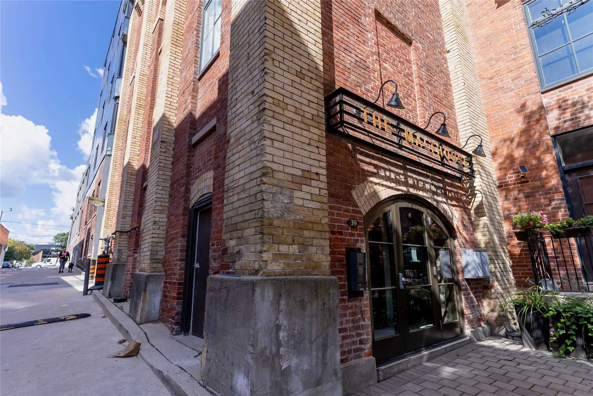 Condo Townhouse For Lease In Toronto , 3 Bedrooms Bedrooms, ,2 BathroomsBathrooms,Condo Townhouse,For Lease,4,Old Brewery